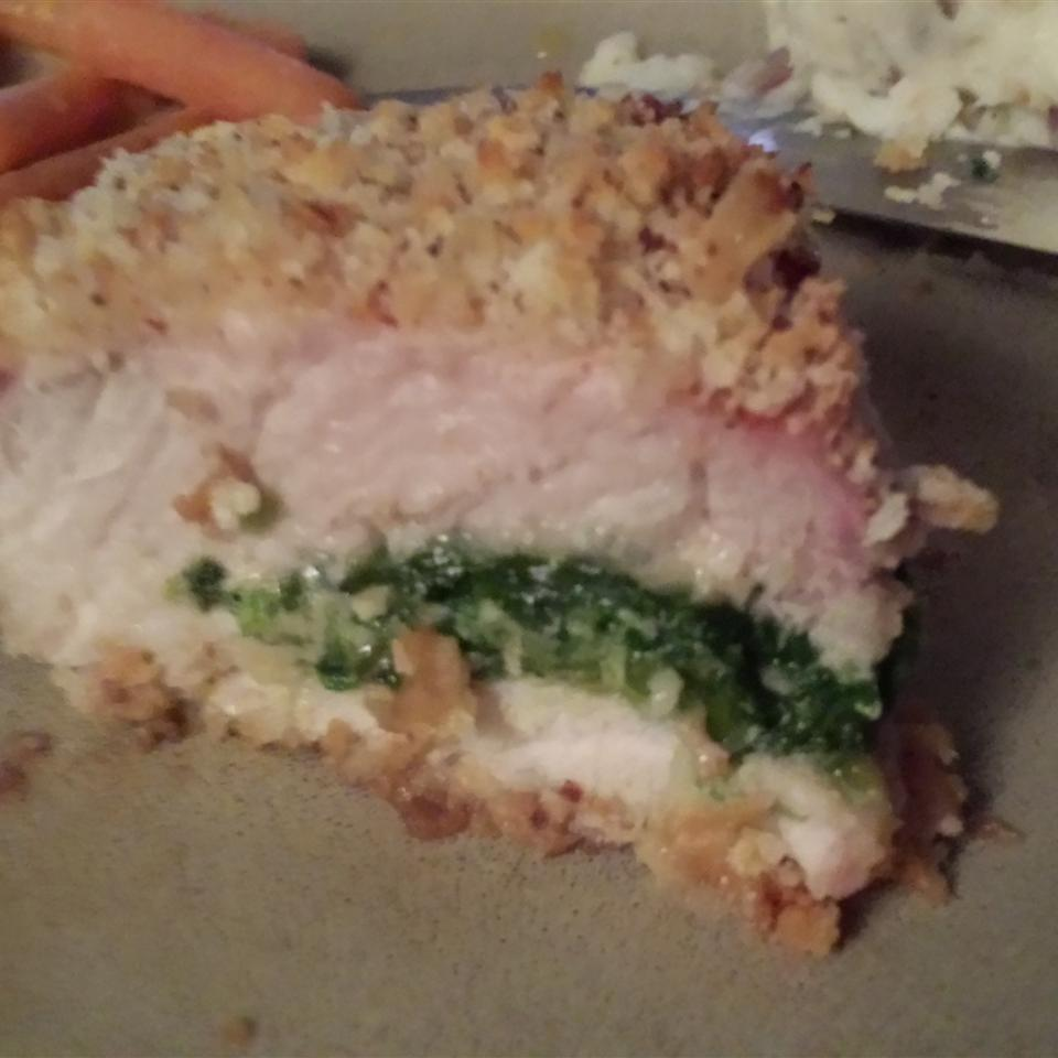Gouda and Spinach Stuffed Pork Chops dirtygirlmudracer