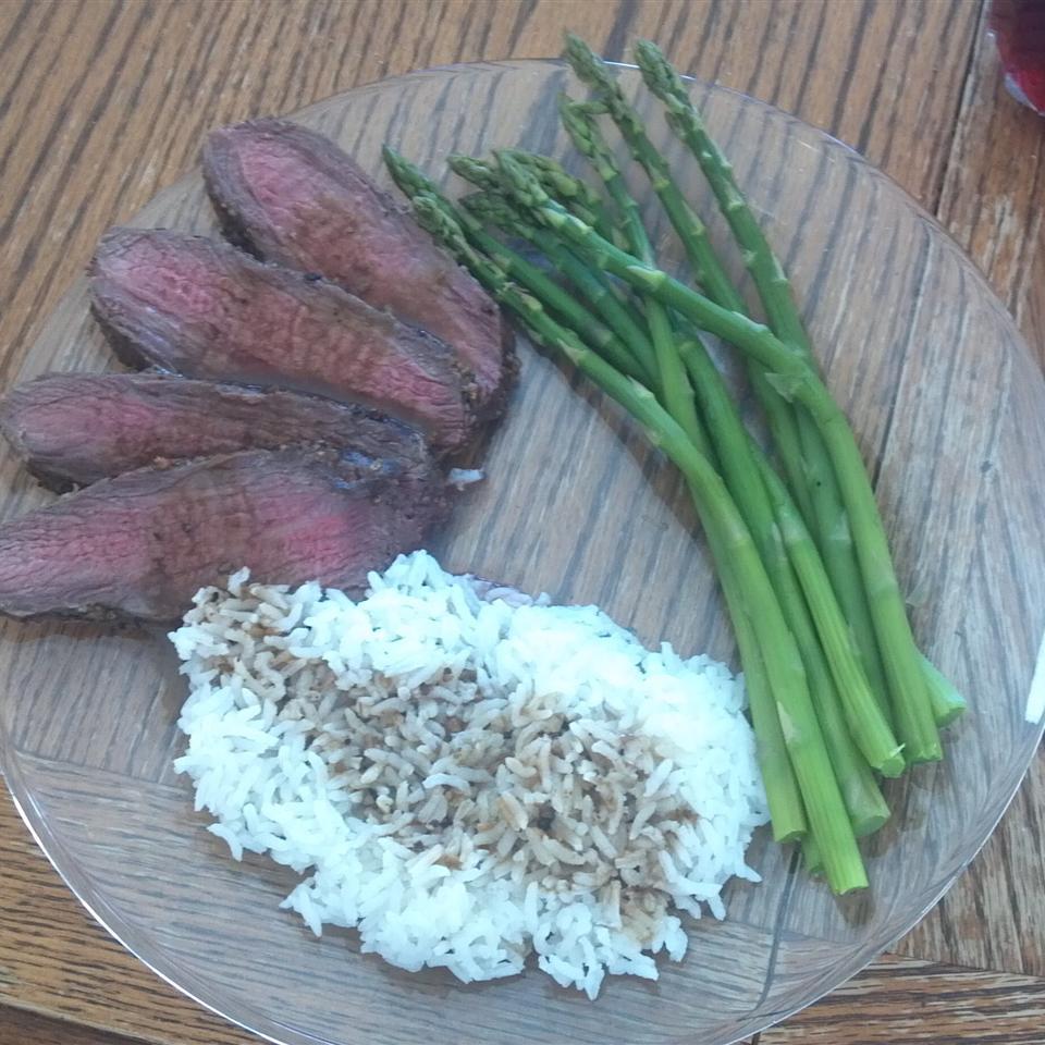 Peppercorn Roast Beef