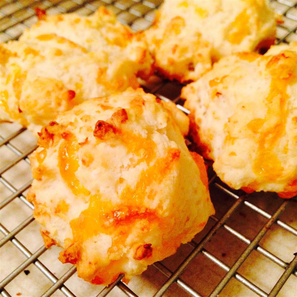 Red Pepper Biscuits hethyr78