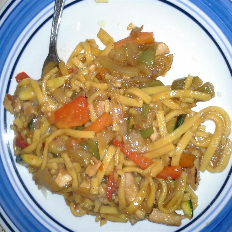 Chicken Chow Mein (West Indian Style) Cor135
