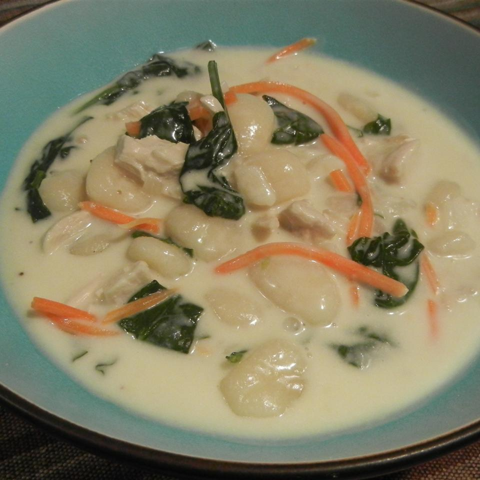 Restaurant-Style Chicken and Gnocchi Soup
