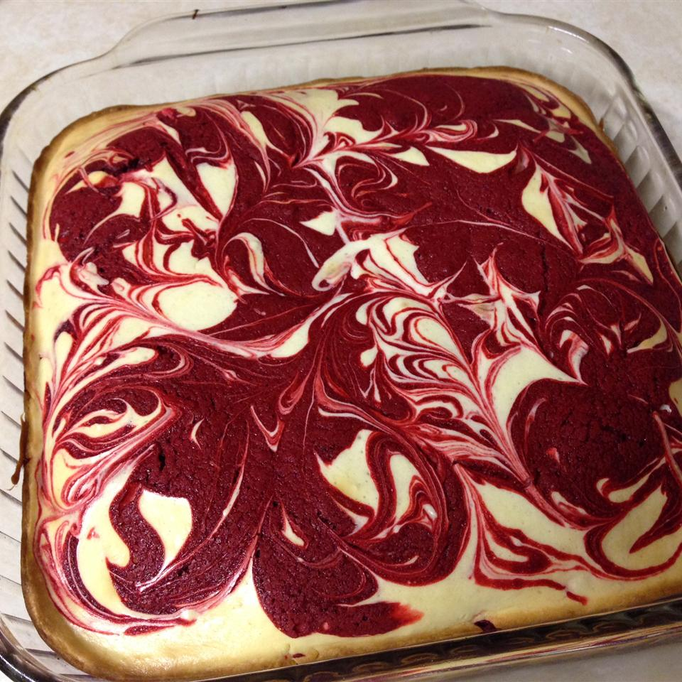 Red Velvet Cheesecake Swirl Brownies Elysia Orlando Calouro