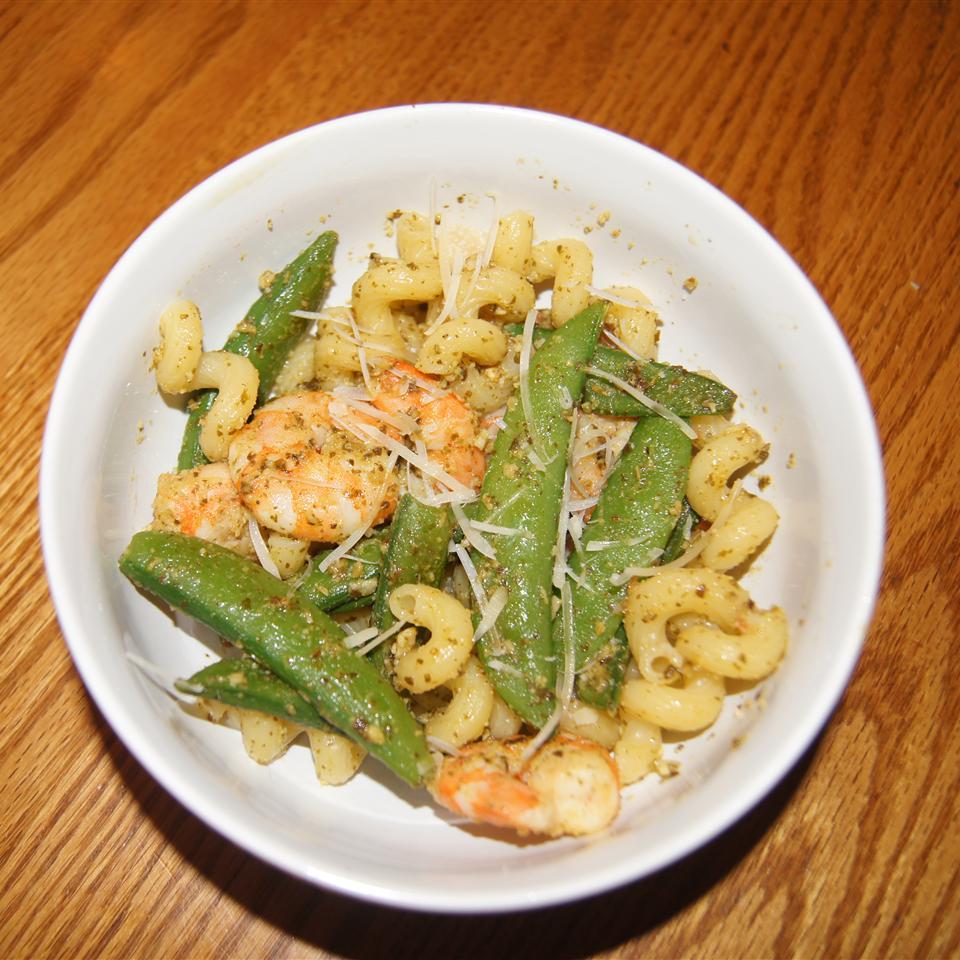 Pesto Shrimp Pasta Laurie R