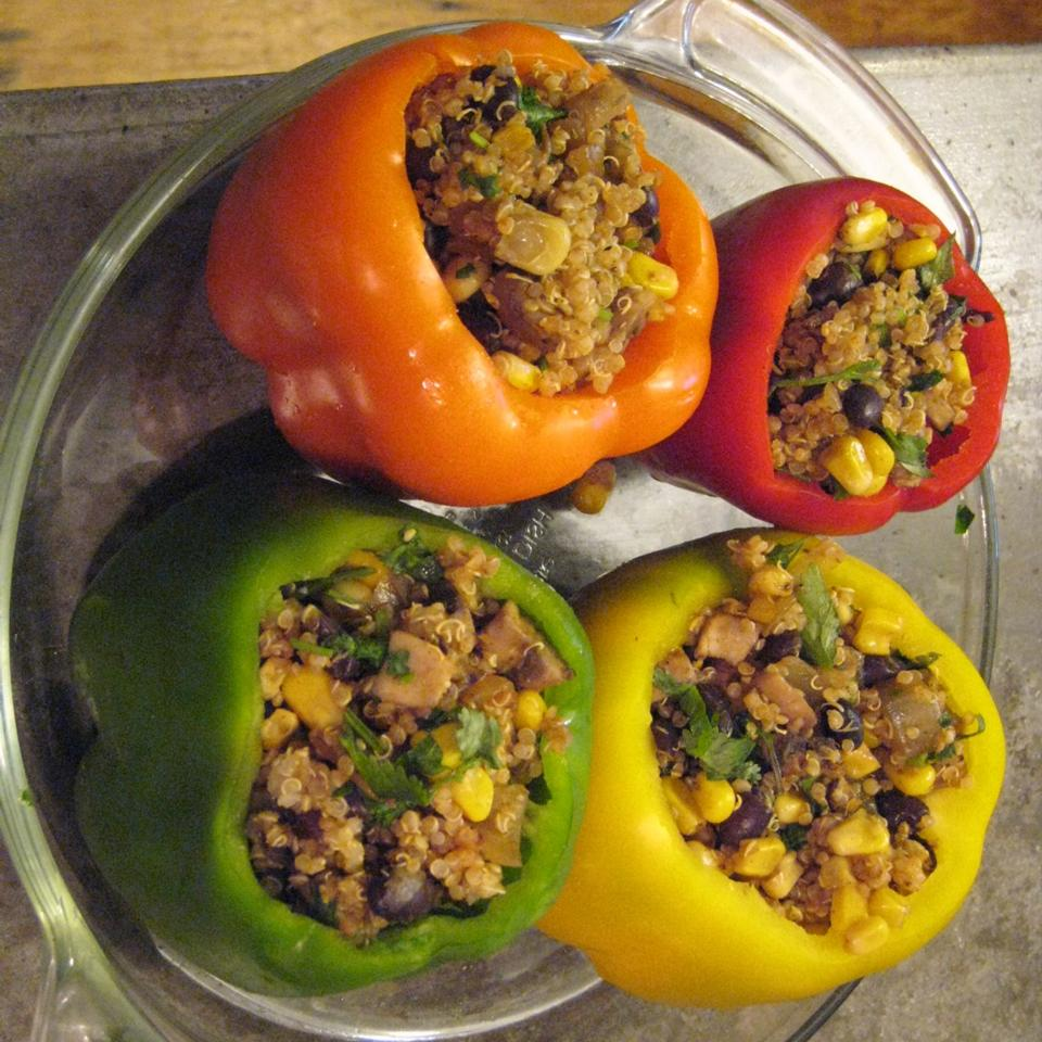 Easy Vegan Stuffed Bell Peppers