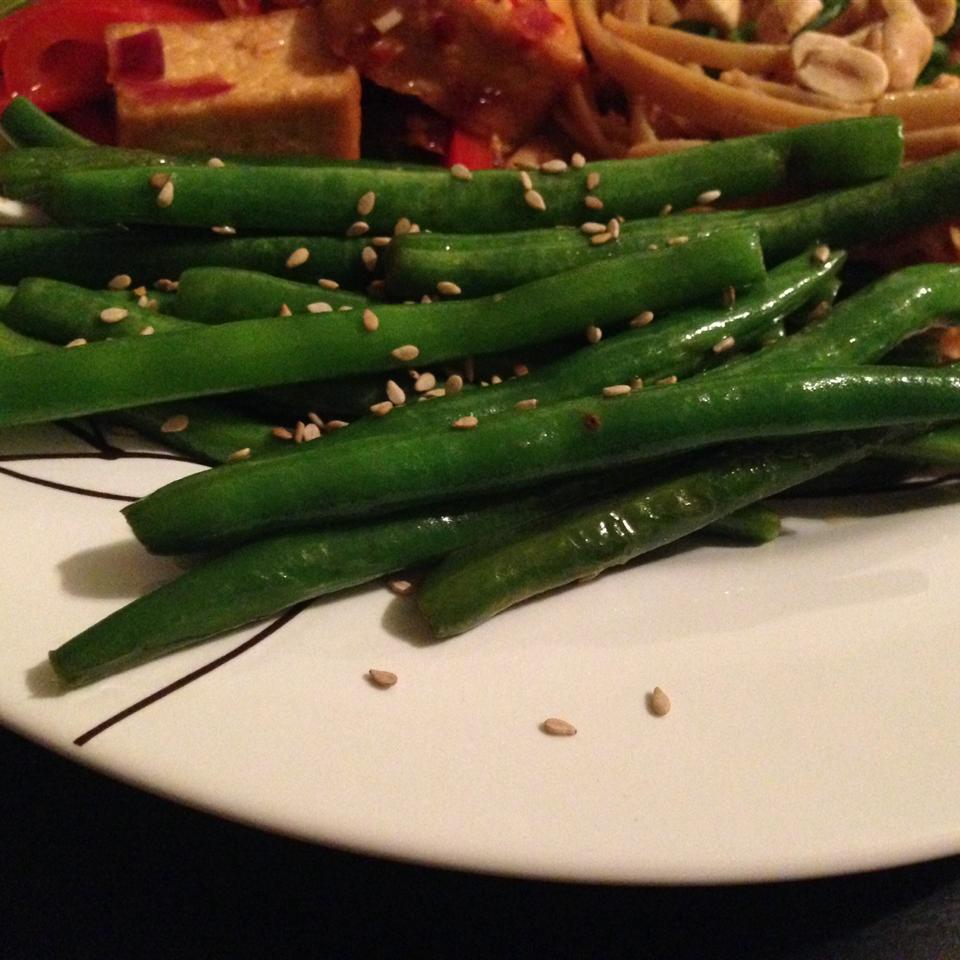 Japanese-Style Sesame Green Beans Nikki