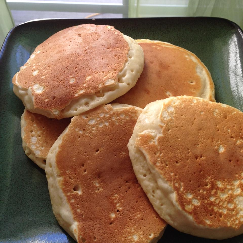 Healthier Good Old Fashioned Pancakes imjustcolleen