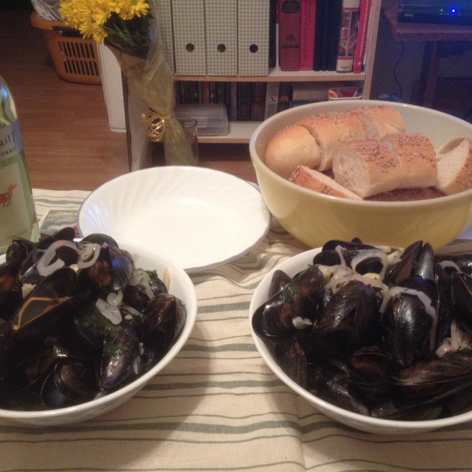 Steamed Mussels II spazticd