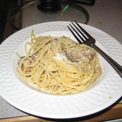 Pasta and Garlic gia manry