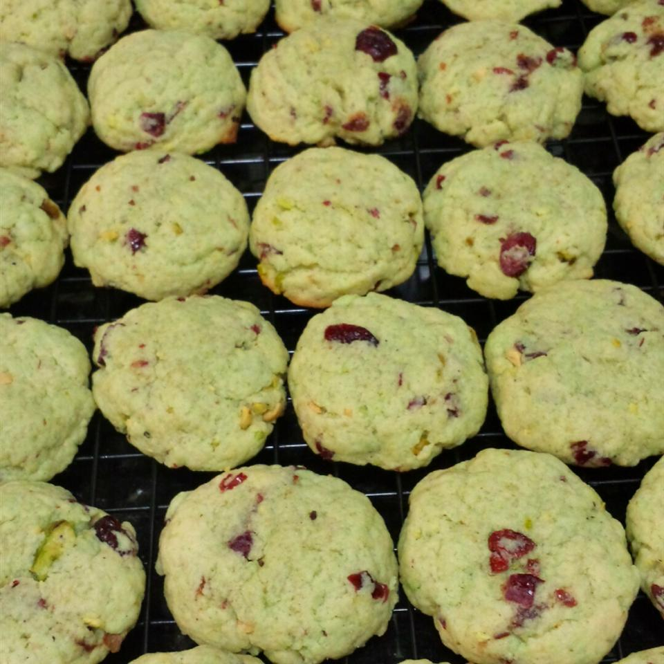 Pistachio Chocolate Chip Cookies Ngan Hayes