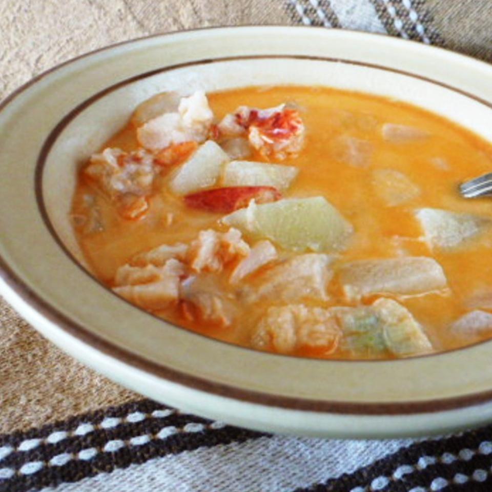 Grandpa Seamone's 'Lobster Chowder' Aneta
