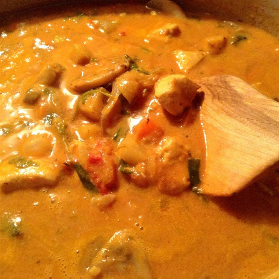 Whole30® Coconut Chicken Curry