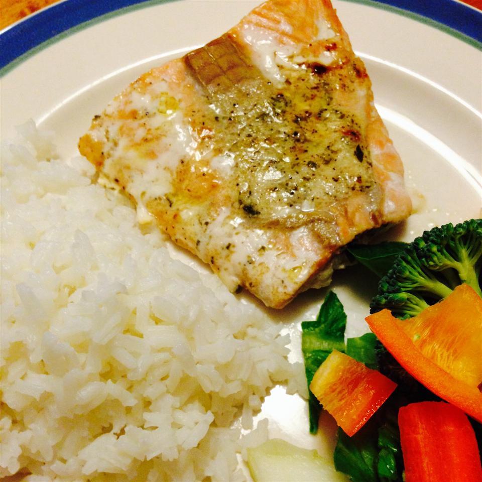 Easy Lemon-Pepper Blackened Salmon
