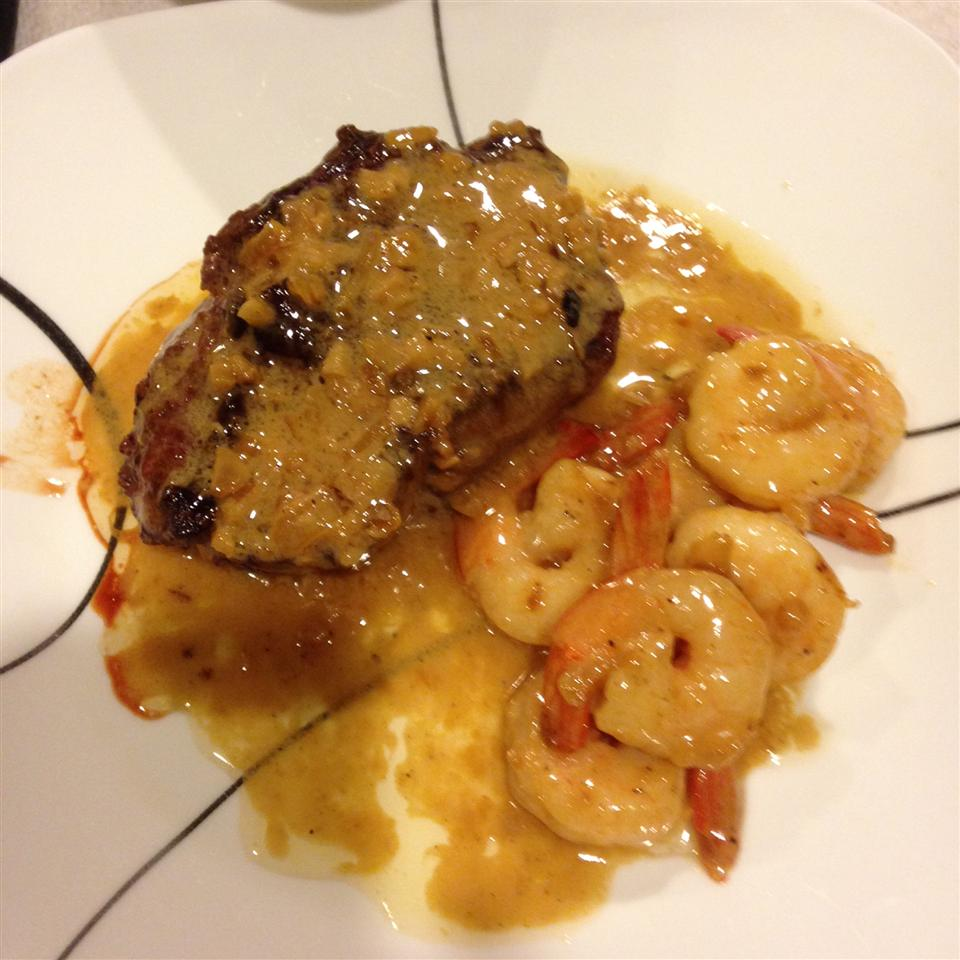 Filet Mignon with Garlic Shrimp Cream Sauce Missy04747