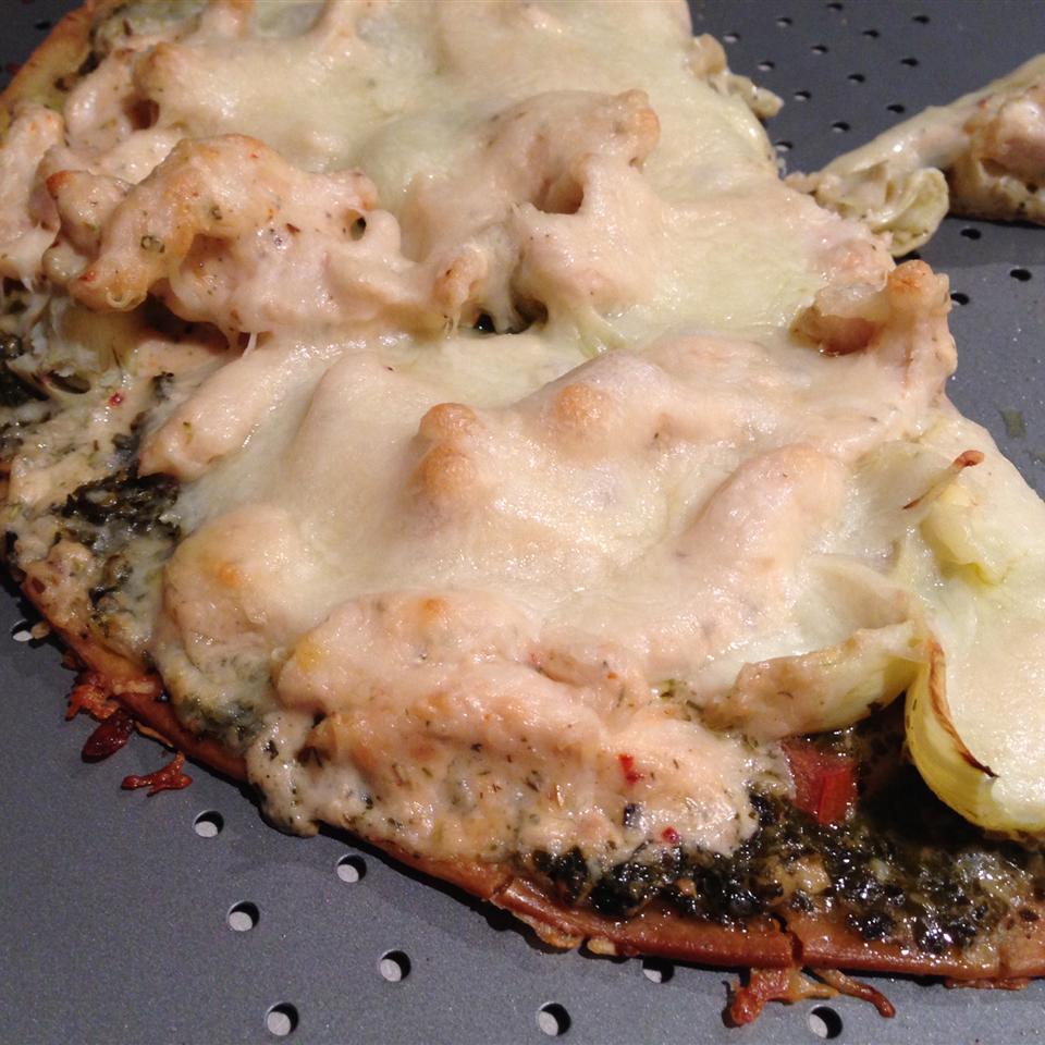 Chicken Pesto Pizza Alma Villalpando