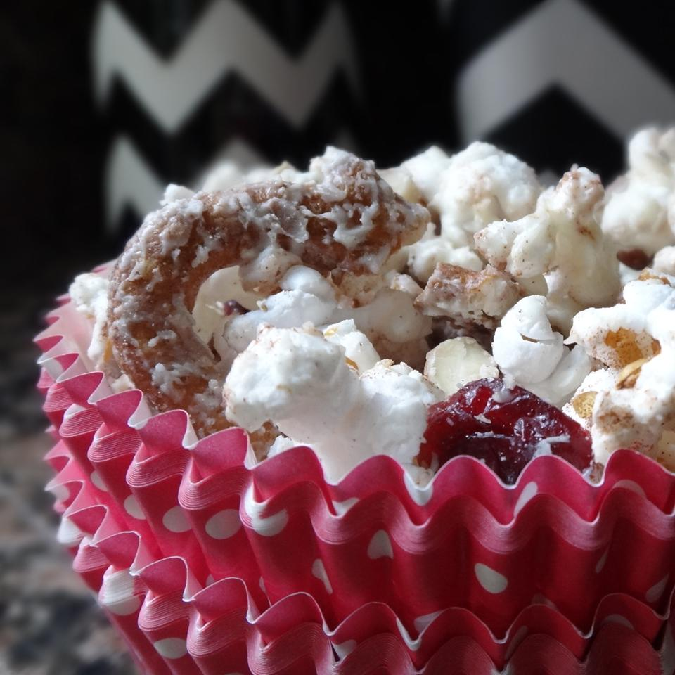 Ashley and Whitney's Popcorn and Pretzel Sweet Snack Mix House of Aqua