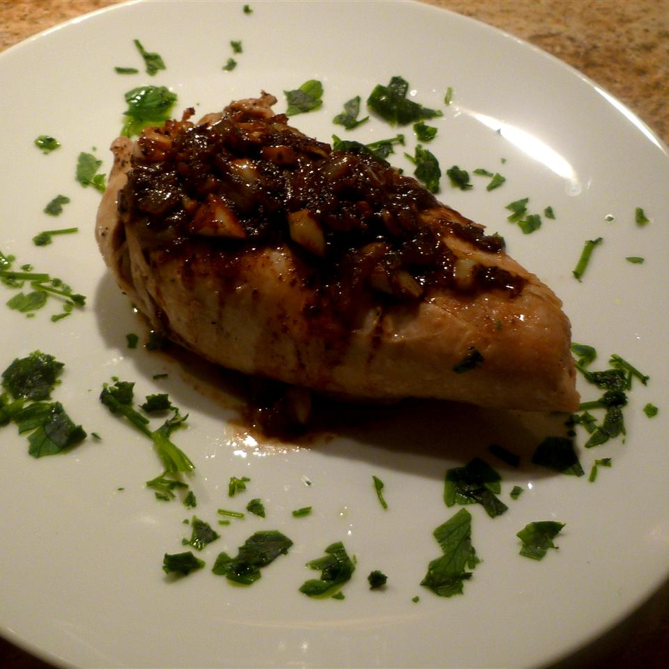 Pan-Seared Chicken Breasts with Shallots Tess