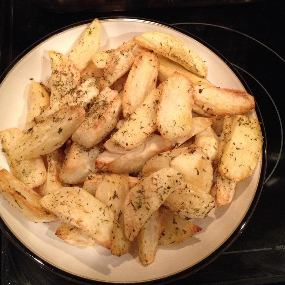 Herby Roasted Potato Wedges Wanda Felix