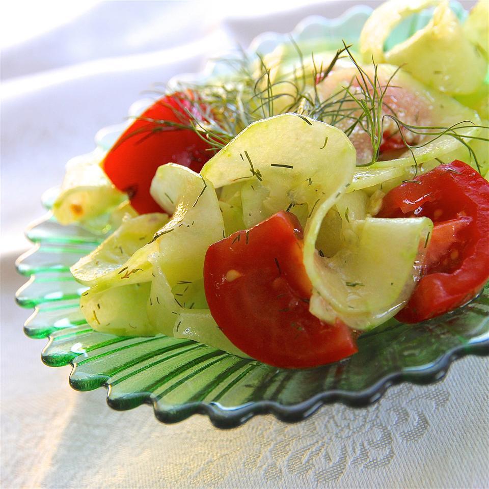 Quick Cucumber Salad lutzflcat