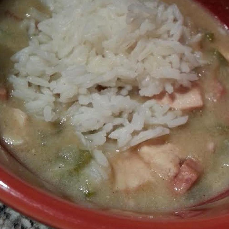 Slow Cooker Chicken and Sausage Gumbo