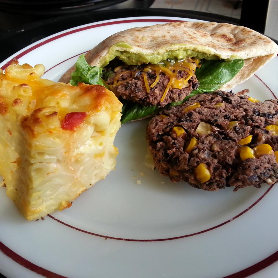 Spicy Black Bean and Corn Burgers lisalovesfood