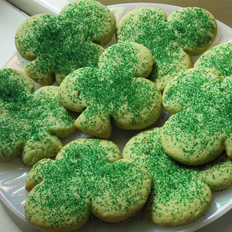 Irish Shamrock Cookies Leanne