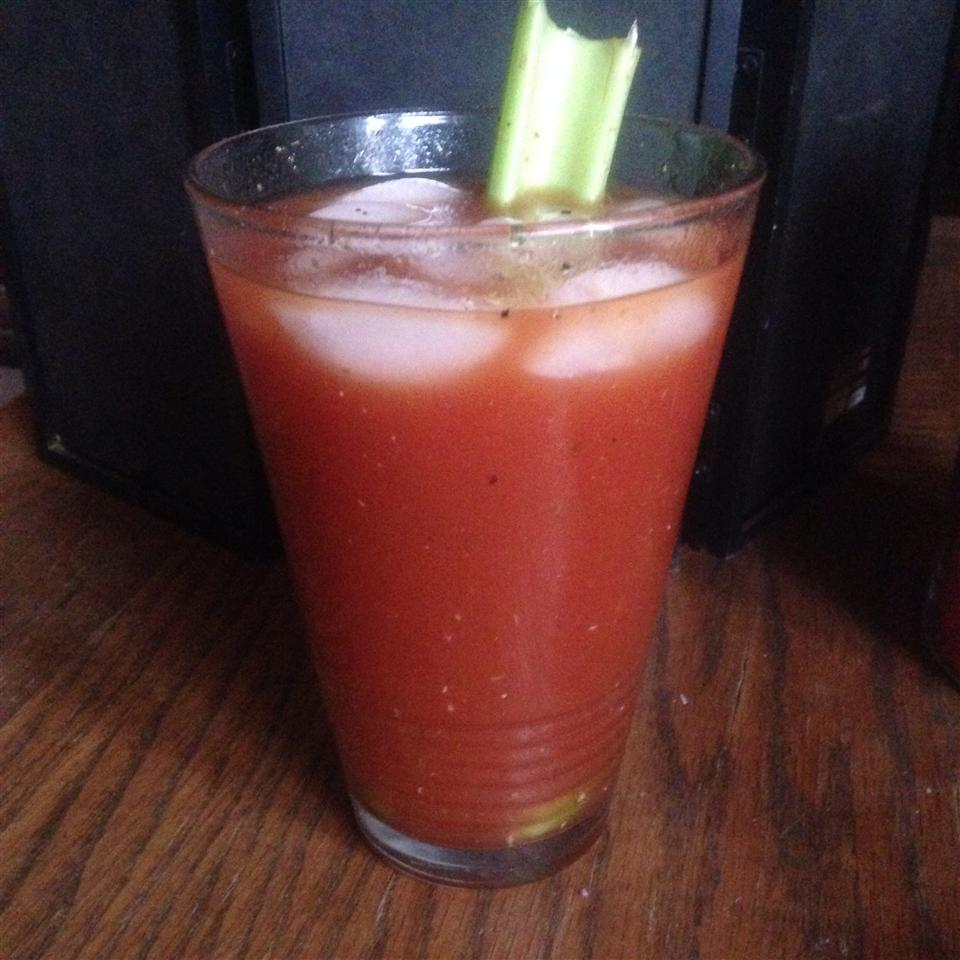 Spicy Red Snapper (Bloody Mary with Gin) ski_addict78