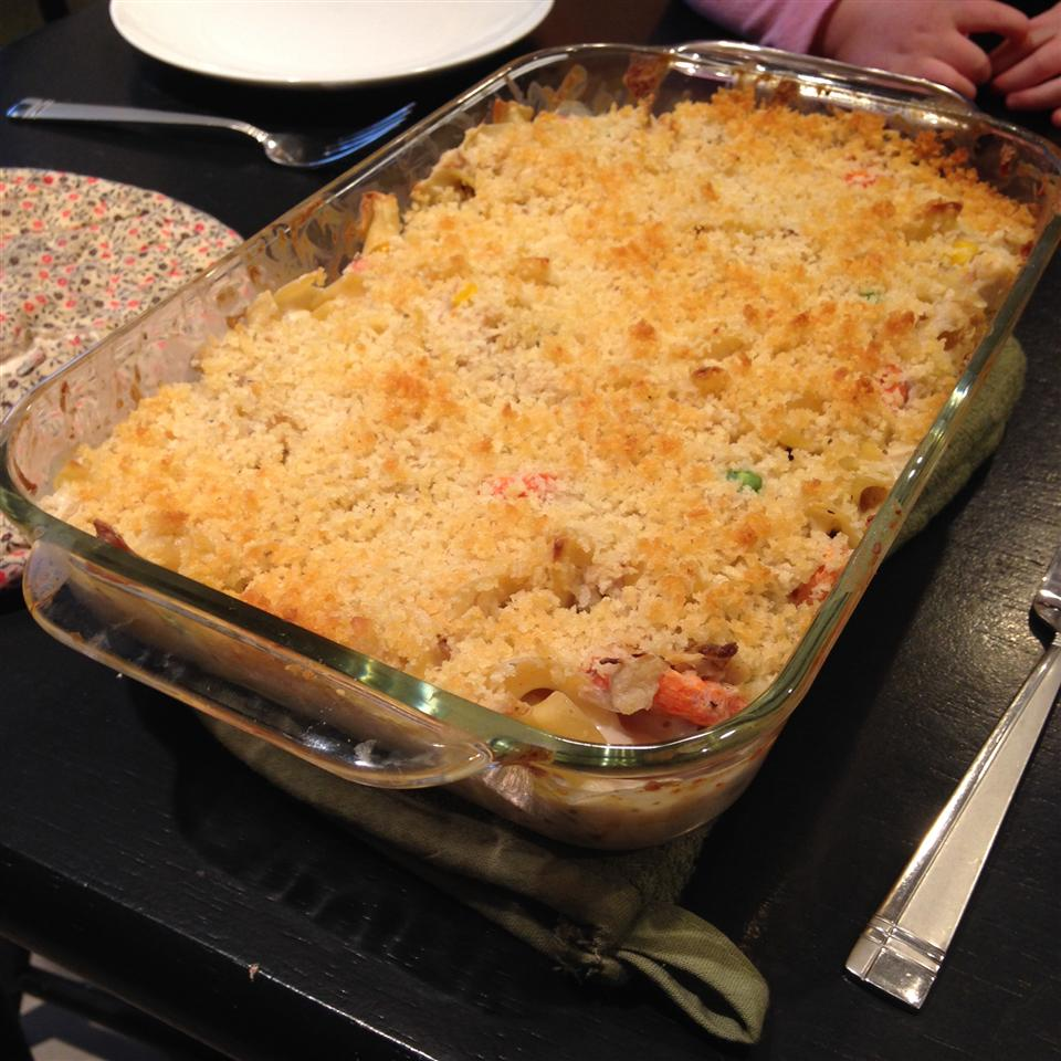 Hearty Chicken and Noodle Casserole