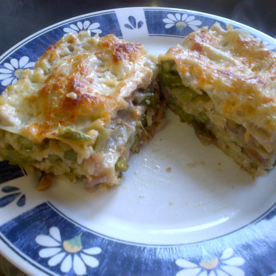 Roasted Asparagus and Mushroom Vegetarian Lasagna