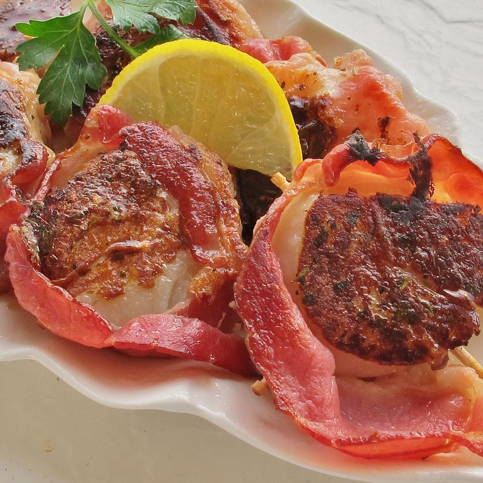 Spicy Bacon-Wrapped Scallops Spunky Buddy