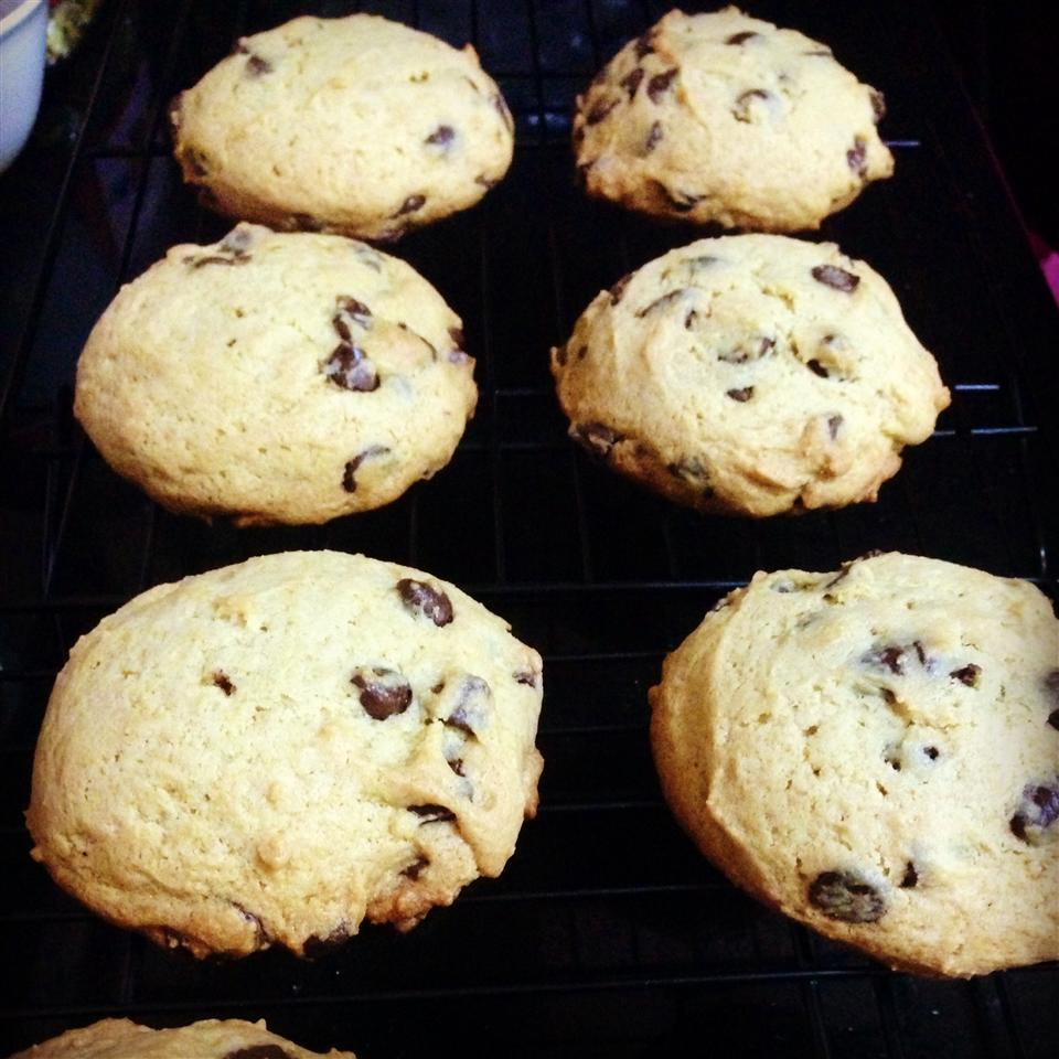 Thick and Chewy Chocolate Chip Cookies Marilyn