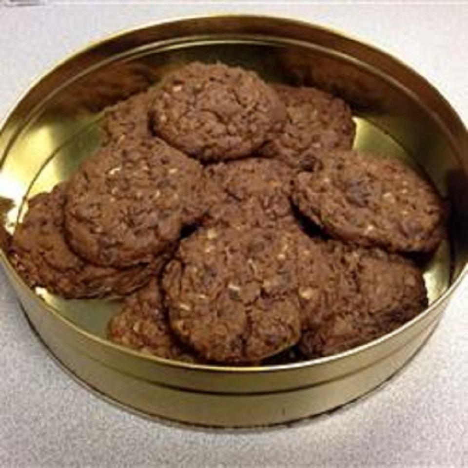 Minty Chocolate Chip Cookies tehooper