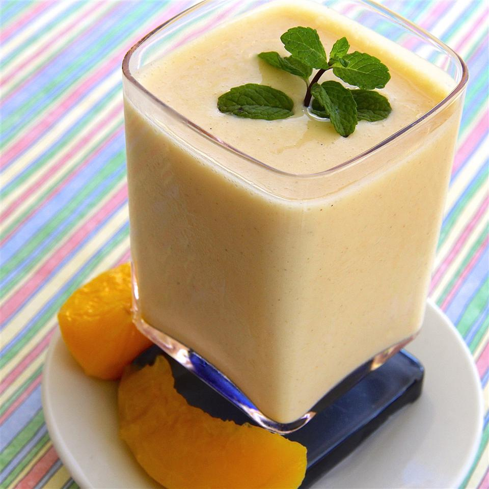 Peach Banana Smoothie