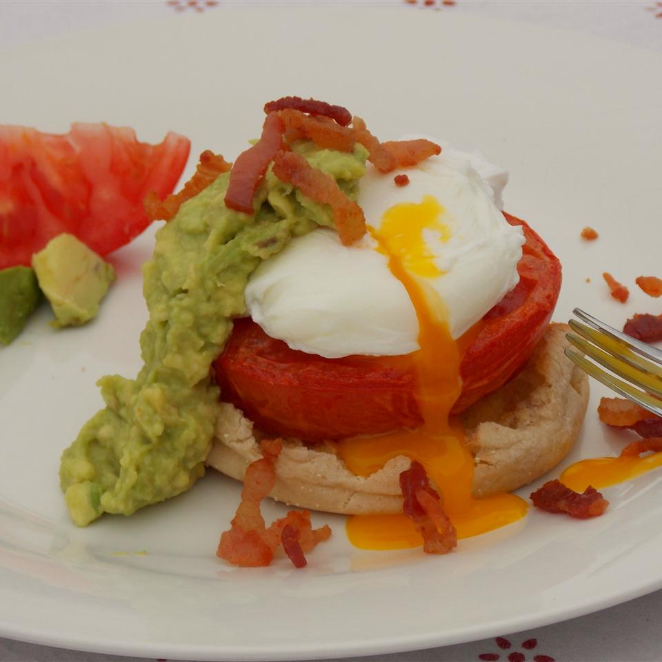 Avocado Sauce Eggs Benedict