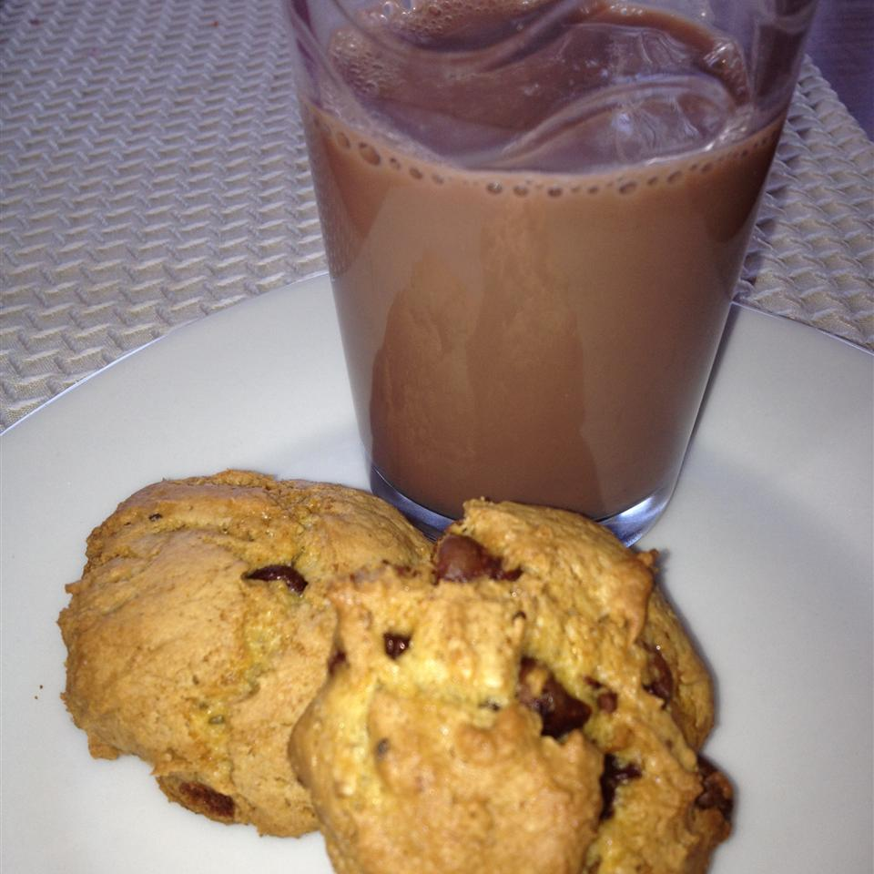 Healthier Absolutely the Best Chocolate Chip Cookies Cecy