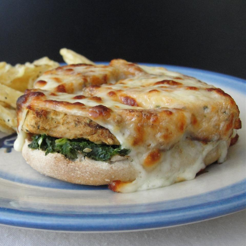 Kale Pesto English Muffin Pizza Rock_lobster