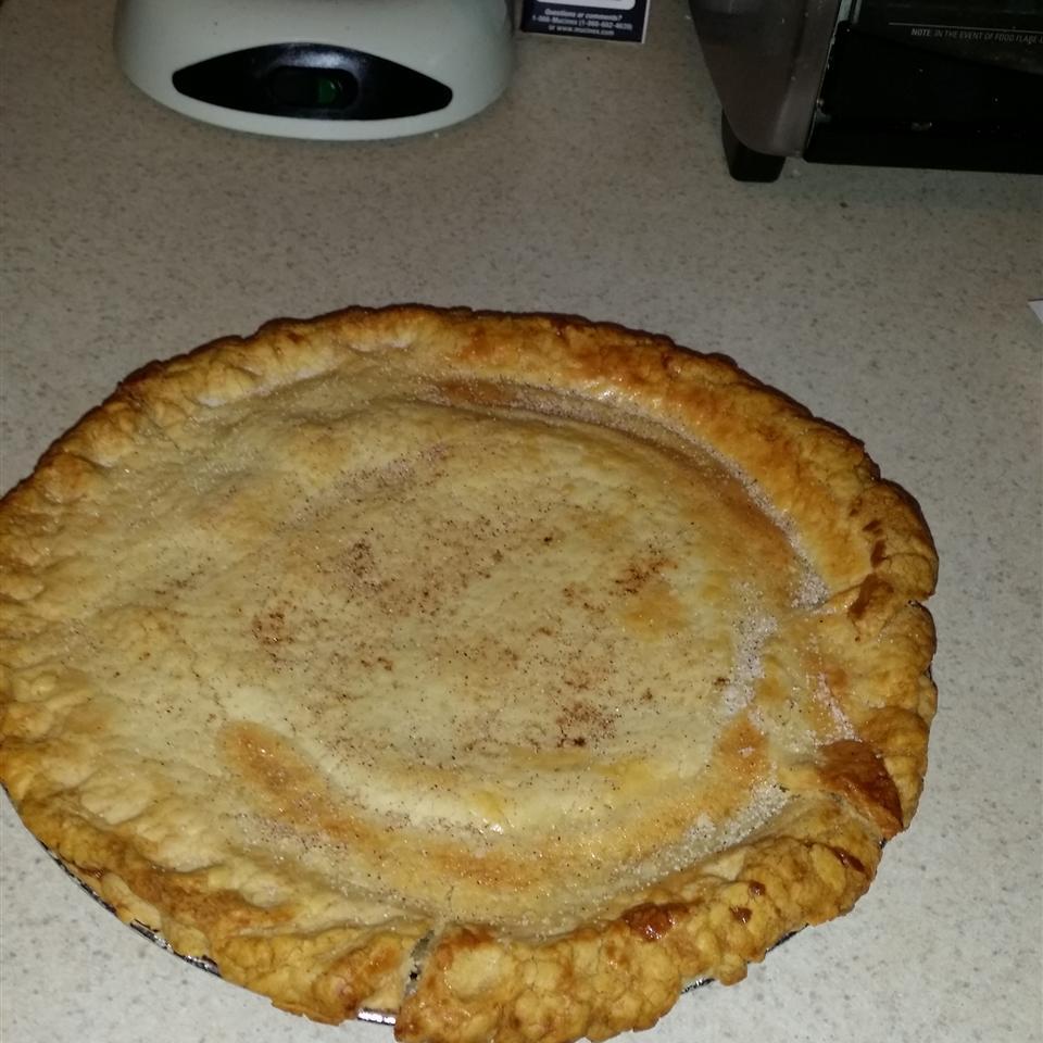 Sour Cream Raisin Pie I Belle541