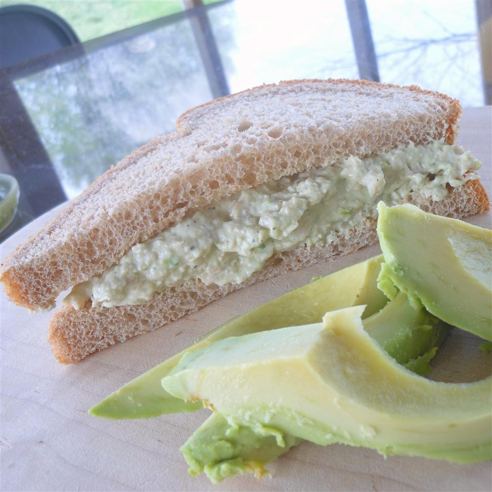 Creamy Avocado Chicken Salad SunnyDaysNora