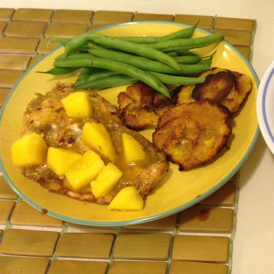 Spicy Cuban Mojo Chicken with Mango-Avocado Salsa Carolina Torres