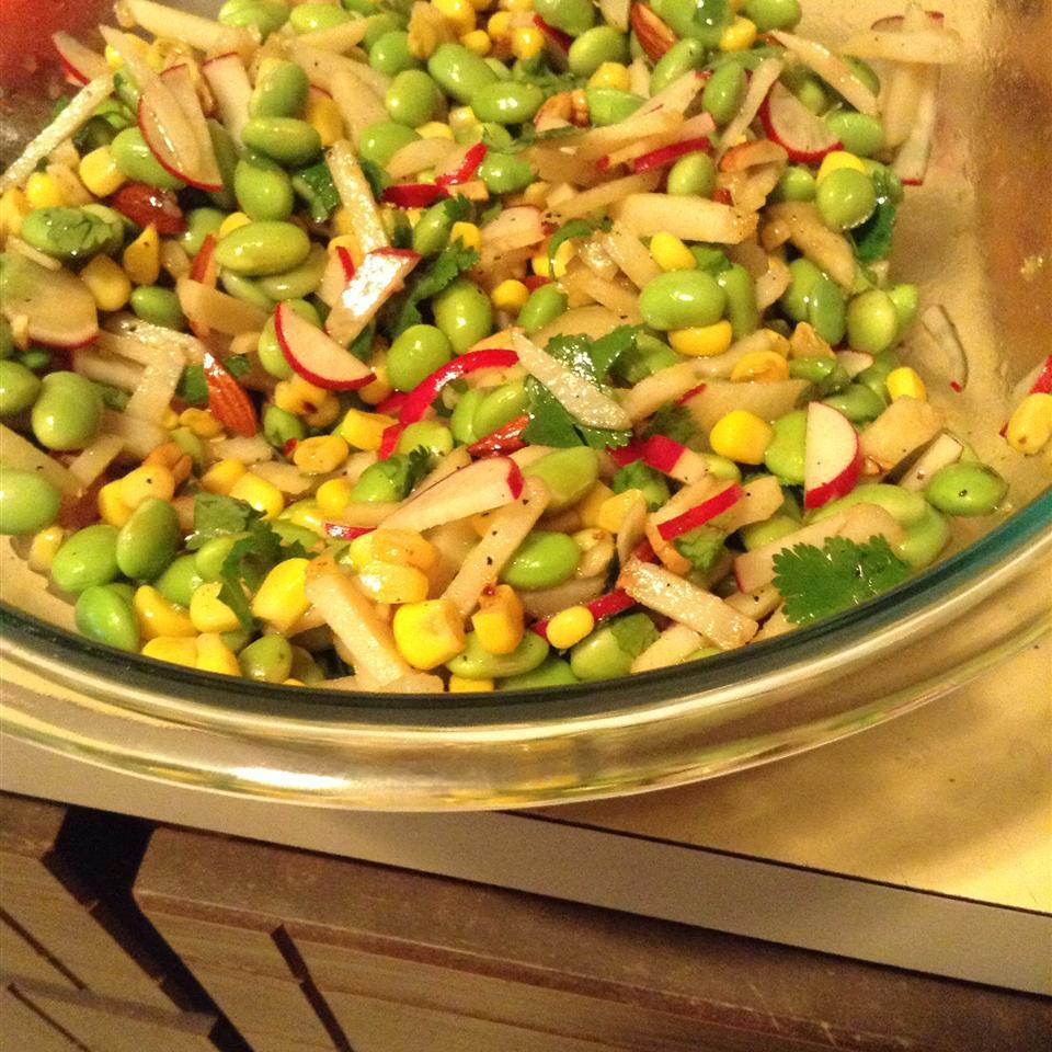 Asian-Inspired Edamame Salad slaughtermelon