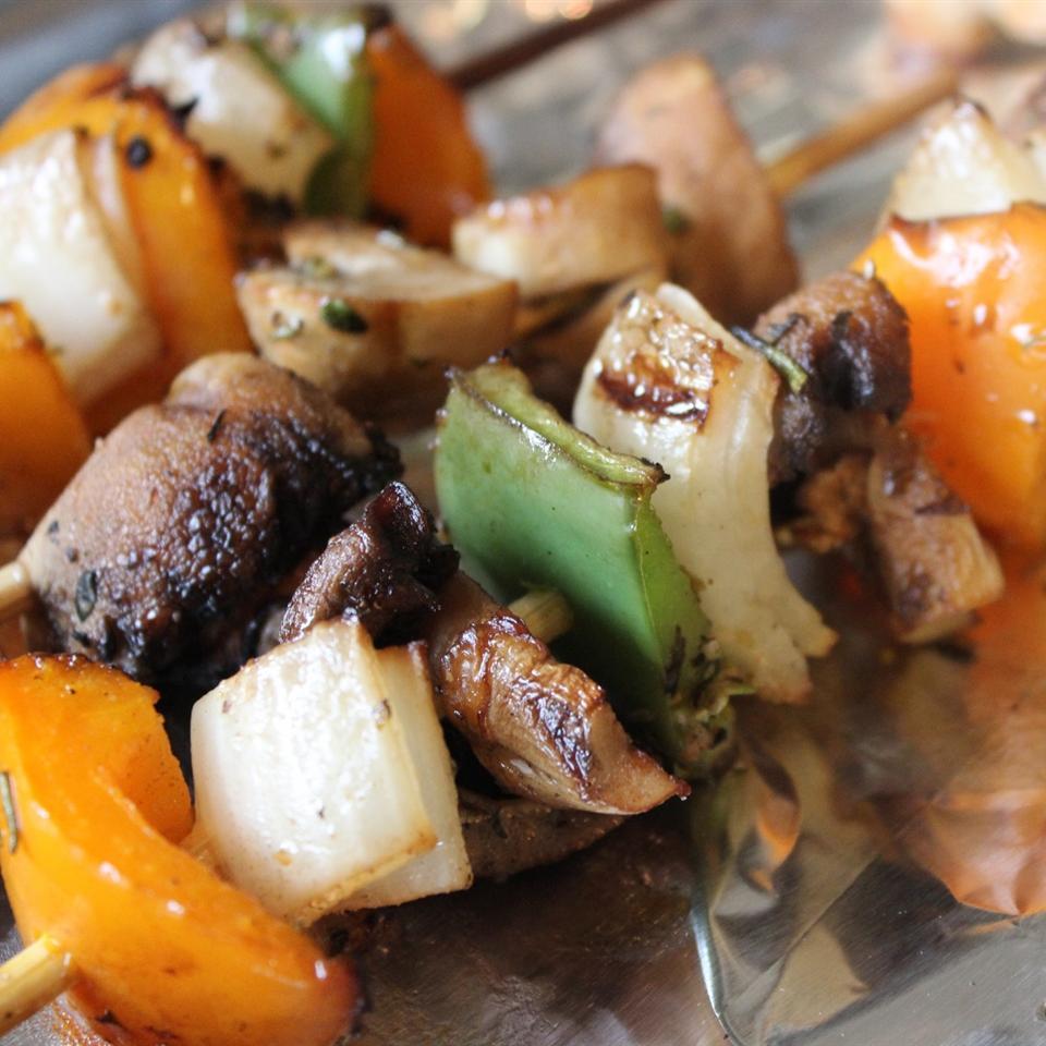 Mushroom Kabobs mommyluvs2cook