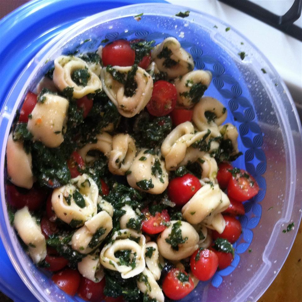 Spinach and Tortellini Salad Juan