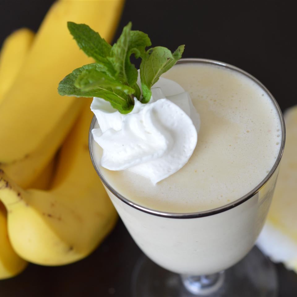Pineapple Creamsicle® Smoothie Holiday Baker