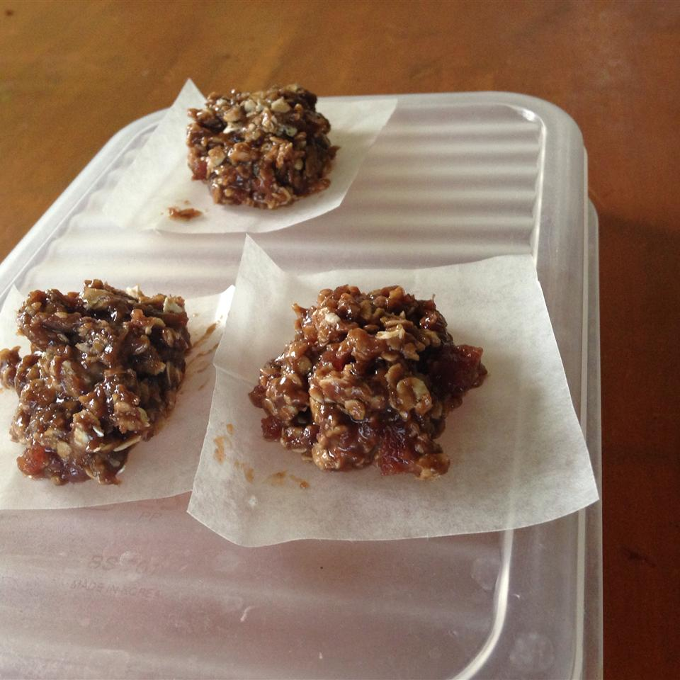 Healthier No Bake Cookies I Aiah Beltran