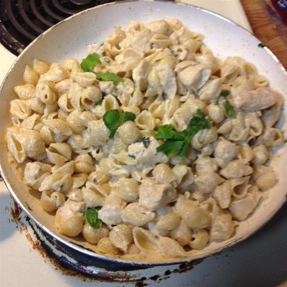 Chicken Bruschetta Pasta dixiedog