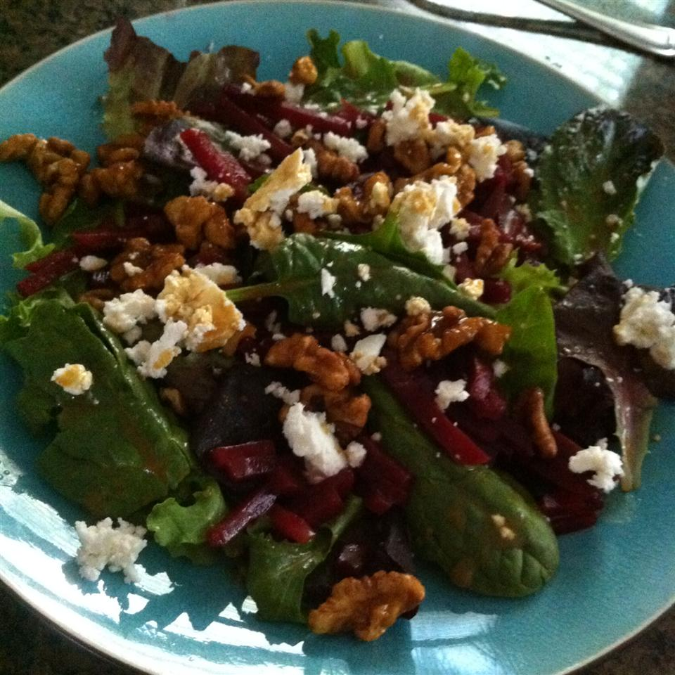 Beet Salad with Goat Cheese Jerry
