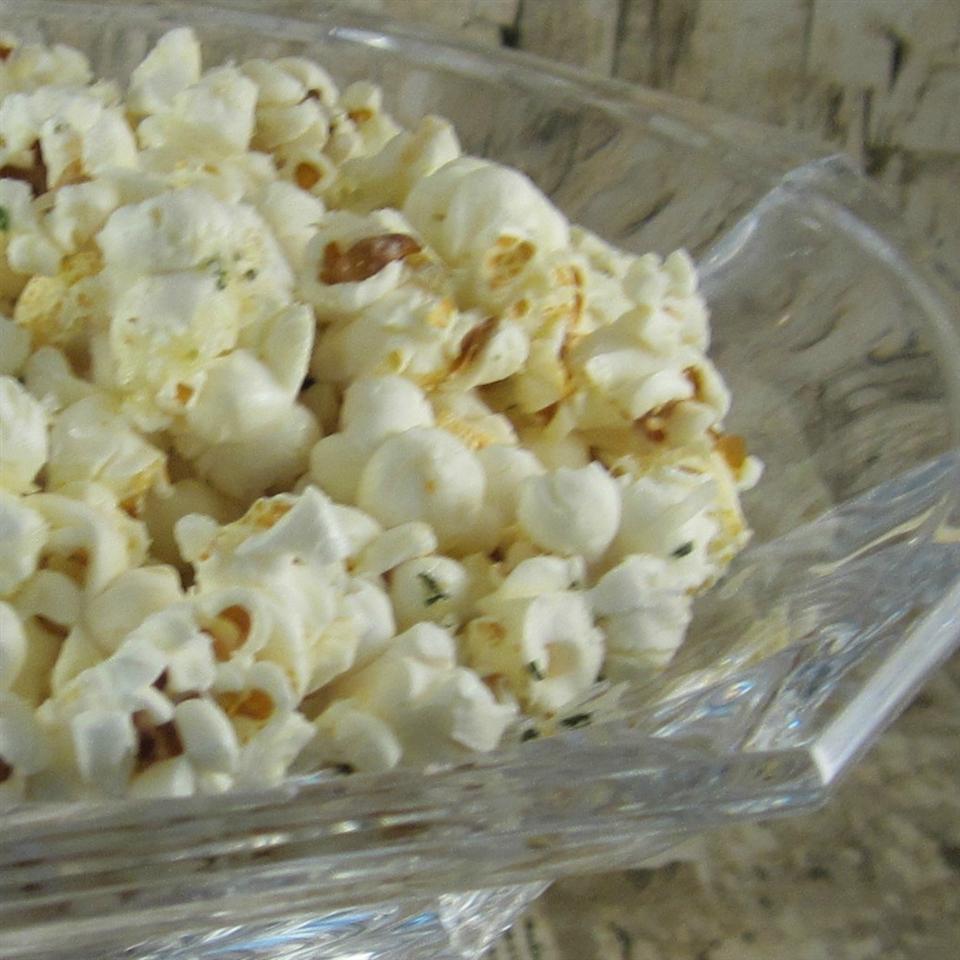 Garlic Bread Popcorn