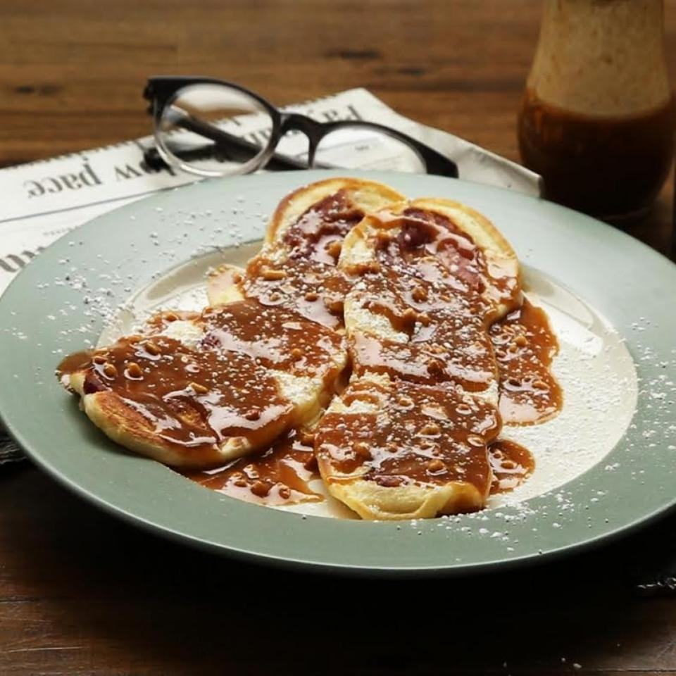 Bacon Pancake Strips with Maple-Peanut Butter Sauce themoodyfoodie