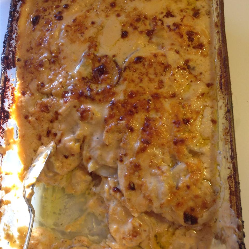 Creamy Scalloped Potatoes Sara McLeod
