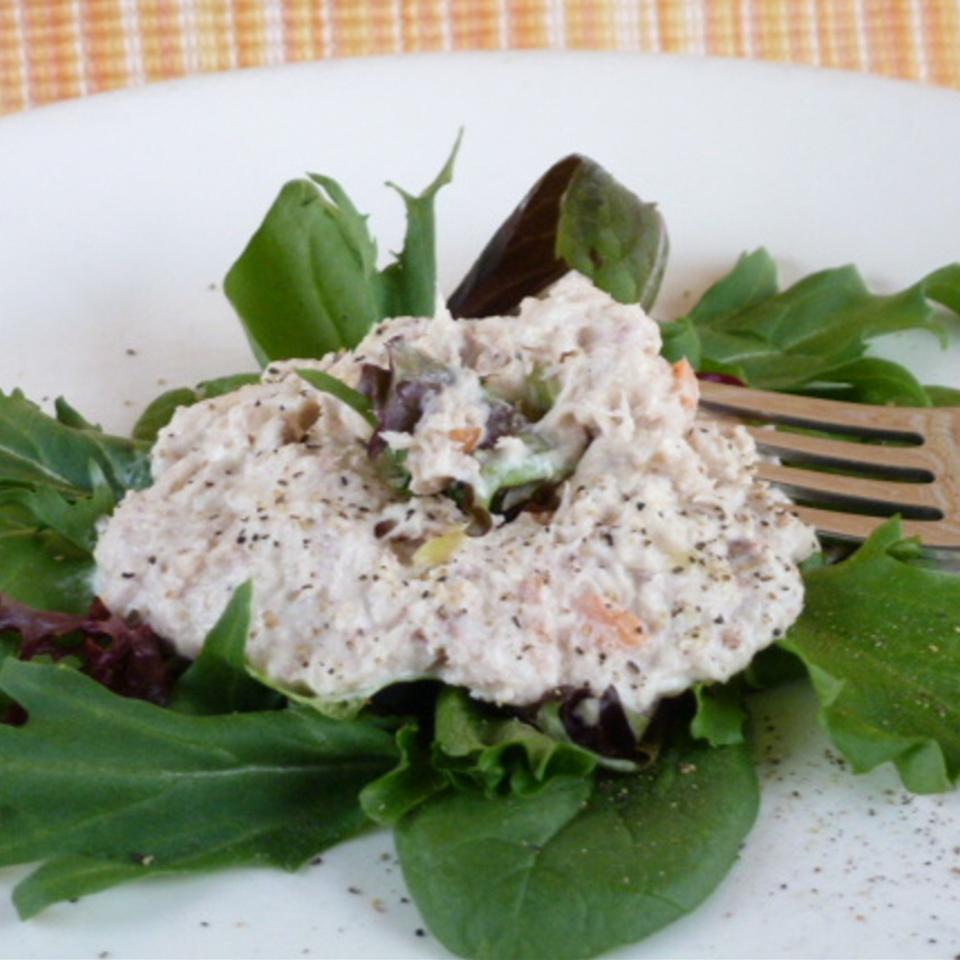 Creamy and Crunchy Tuna Salad Supreme Lucky Noodles