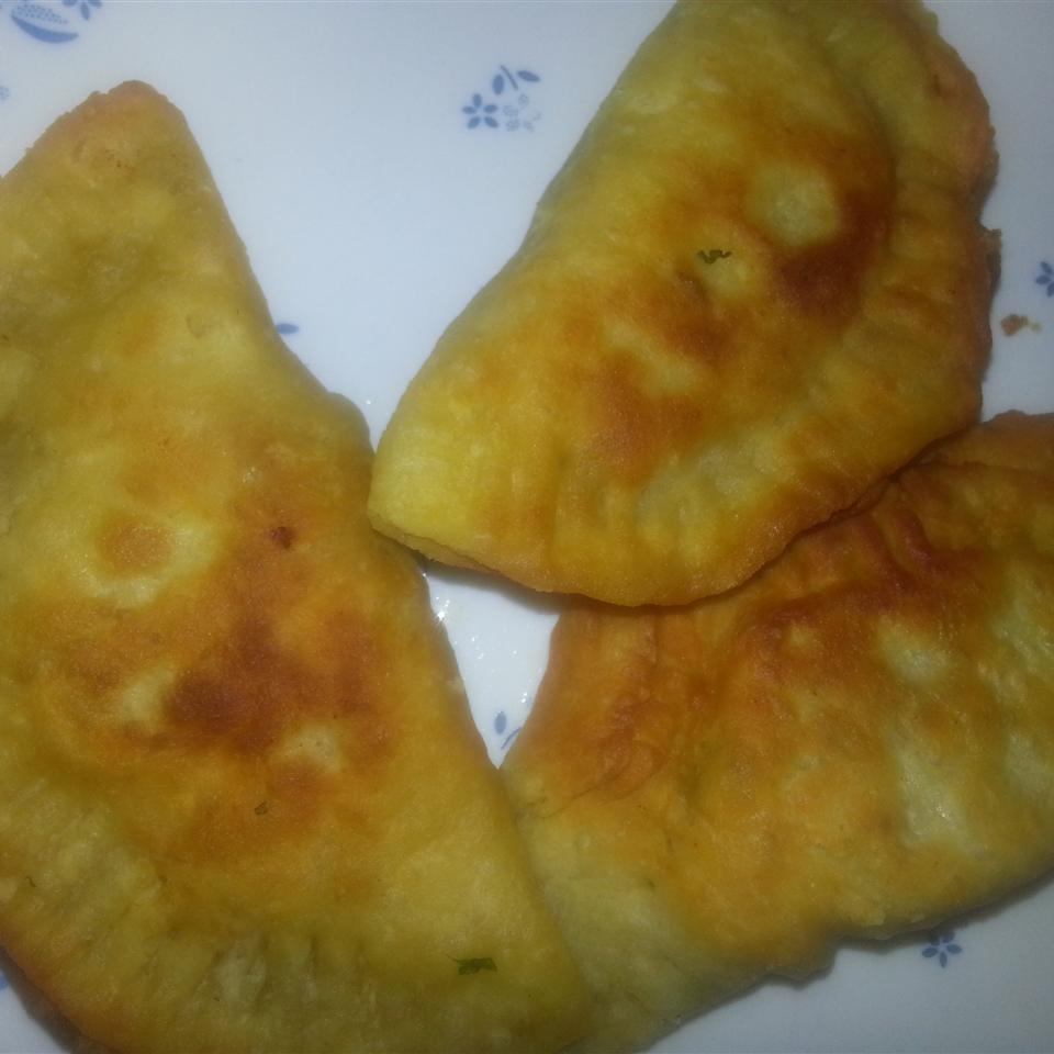 Sambusaks (Sumboosaks) with Chickpeas